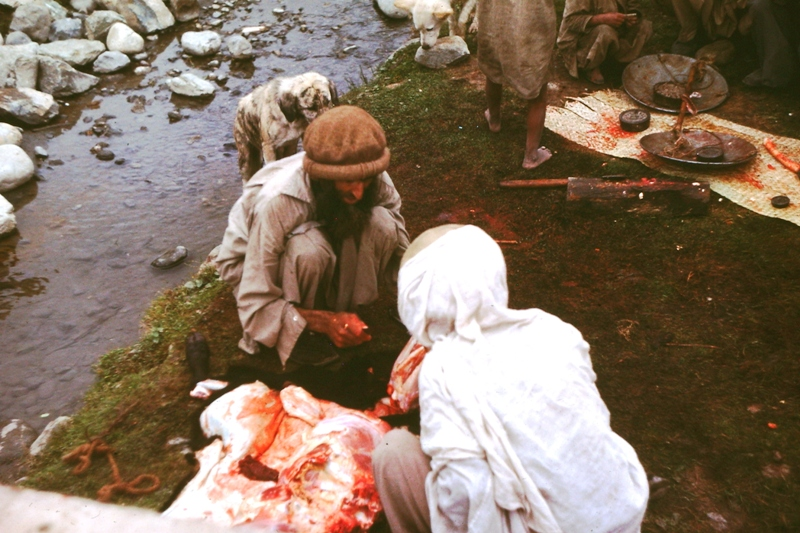 Swat Valley – Kalam – Butcher and customers