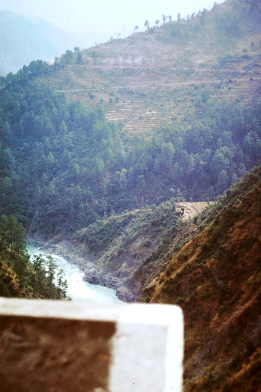 Between Jamu & Srinagar