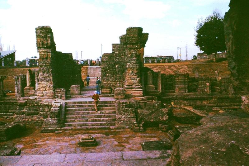 Kashmir – Avantipur – Hindu Temple