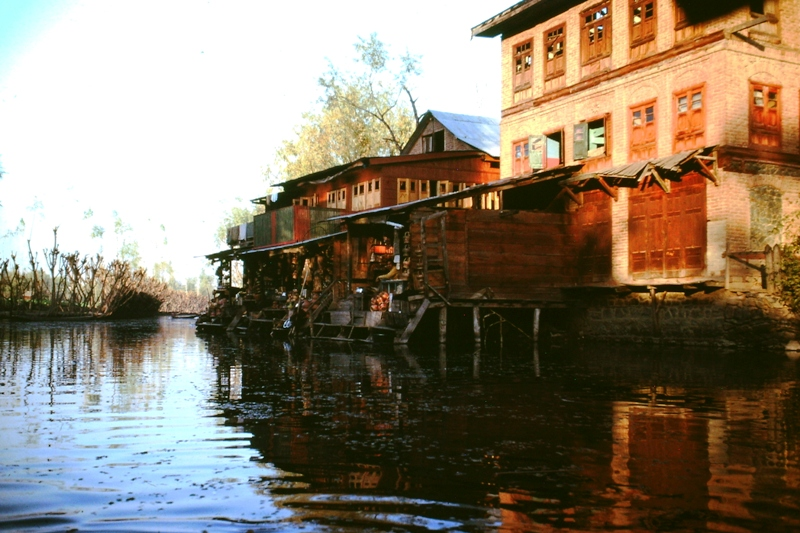 Srinagar – Shops on a backwater