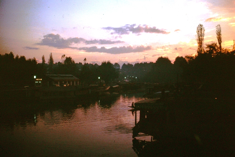 Srinagar – Evening view from our houseboat