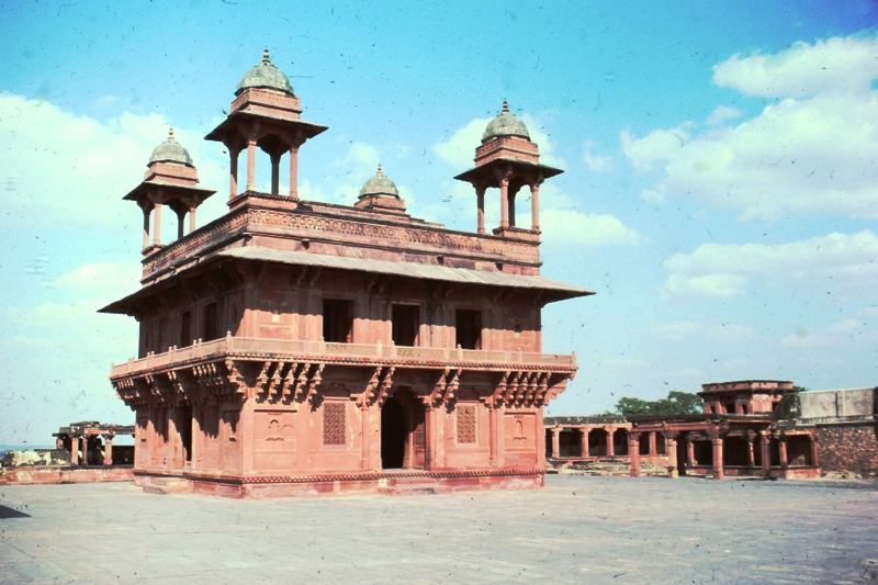 Fatehpur Sikri – Hall of Private Audience – (Diwan-i-Khas)
