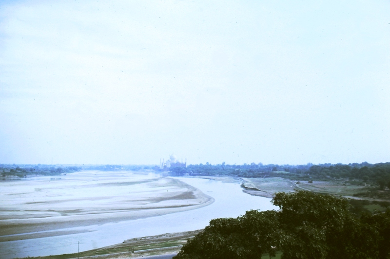 Agra – Red Fort – View of river