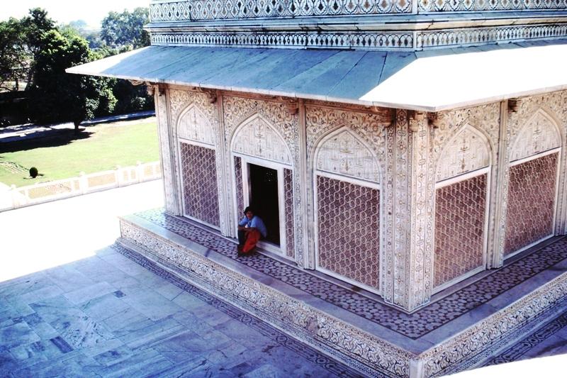 Agra – Itimad-ud-Daulah's Tomb