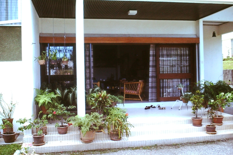 Nellie & Claude's patio