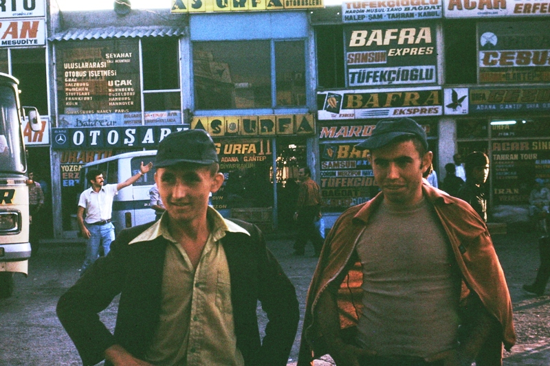 Sokak – Erol Kiraz and his pal