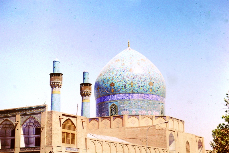 Isfahan – Dome of the Theological School – (Madrese Chahar Bagh)