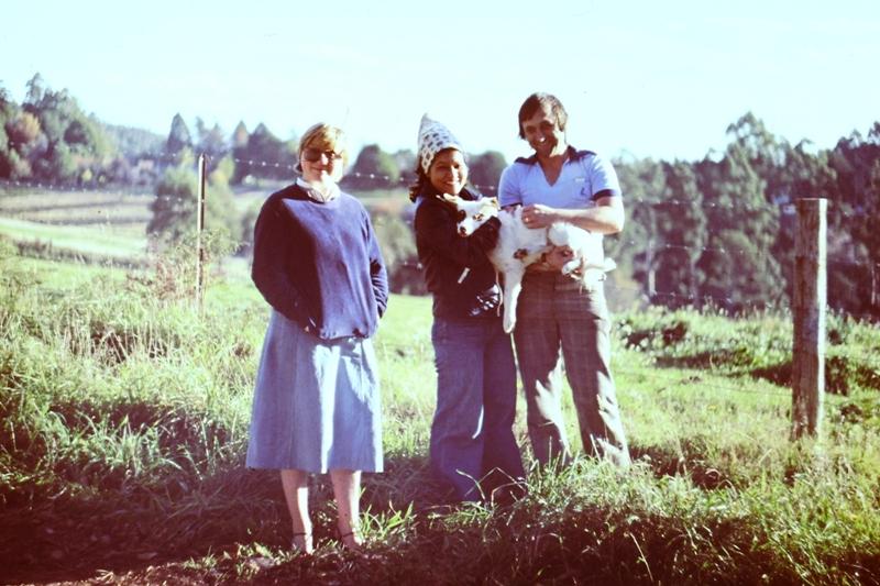 Suzanne, Erna & John
